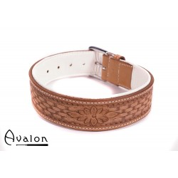 Avalon - JOURNEY - Collar med Nydelig Mønster - Brunt og Hvitt