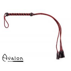 Avalon - HENGEST - Rød Flogger med Lærdusk