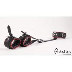 Avalon - Collar og cuffs sett, sort og rød